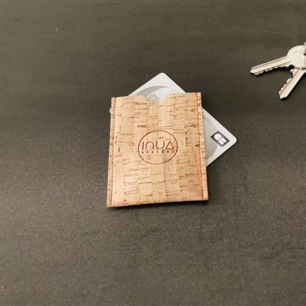 porte-carte vegan en liège naturel de l'atelier inua