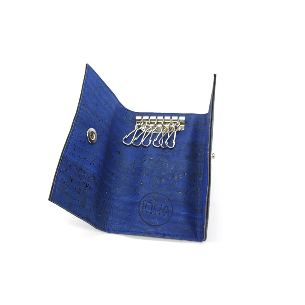 porte-clé vegan en liège bleu turquoise de l'atelier inua