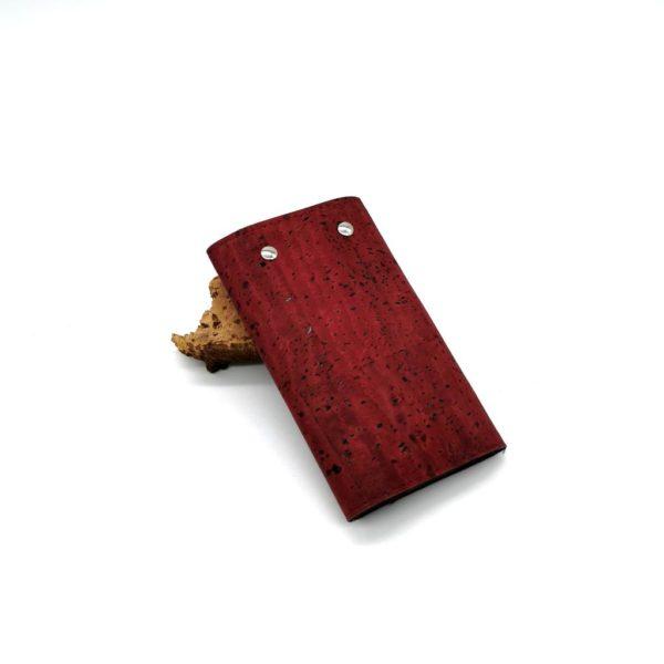 porte-clé vegan en liège rouge de l'atelier inua