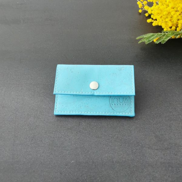 porte-monnaie vegan en liège bleu largon de l'atelier inua