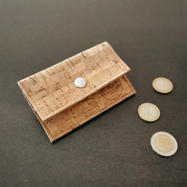 porte-monnaie vegan en liège naturel de l'atelier inua