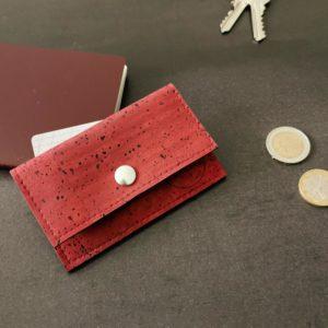 porte-monnaie vegan en liège rouge de l'atelier inua