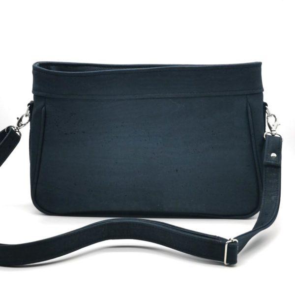 sac à main vegan en liège bleu marine de l'atelier inua avec fermeture zippée
