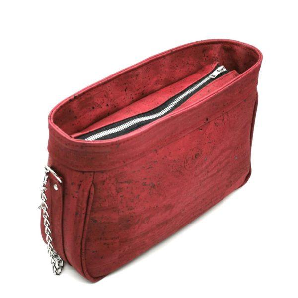 sac à main vegan en liège rouge de l'atelier inua avec fermeture zippée