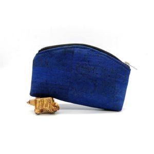 trousse demi-lune vegan en liège bleu turquoise de l'a